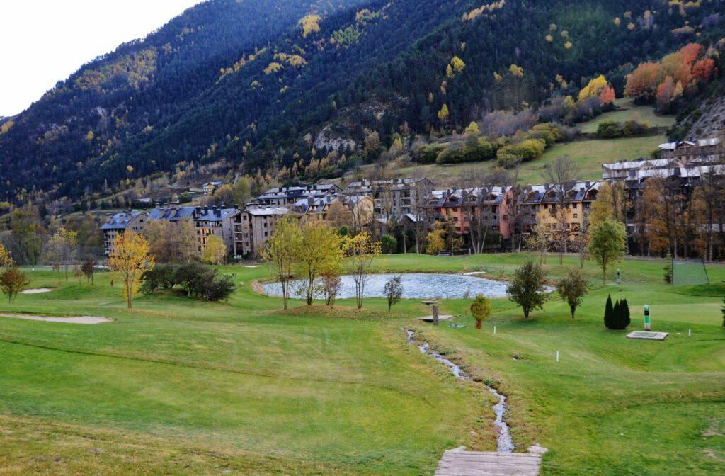 La Cortinada golf course in Ordino
